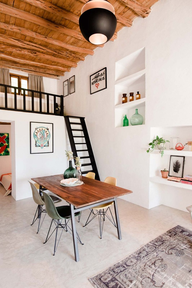 wood table, beam ceiling design ideas, wooden stairs and fence, living room decoration