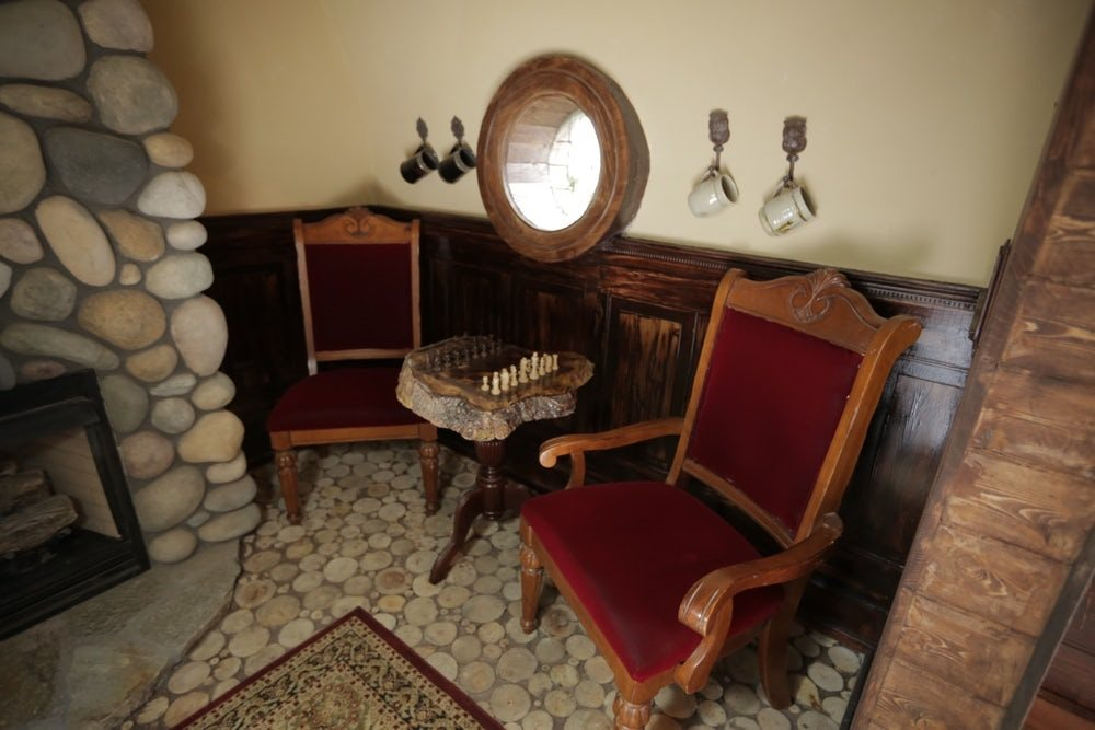 Wolfe's Hobbit Home Interior