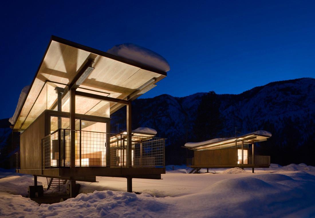 wood rolling huts design ideas