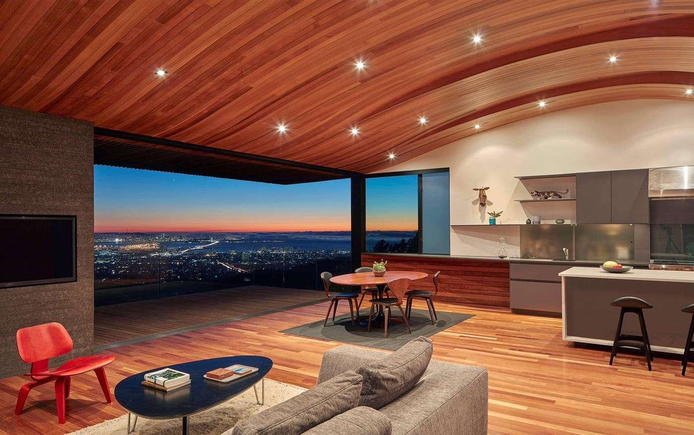 Wood living room design ideas, cozy ceiling