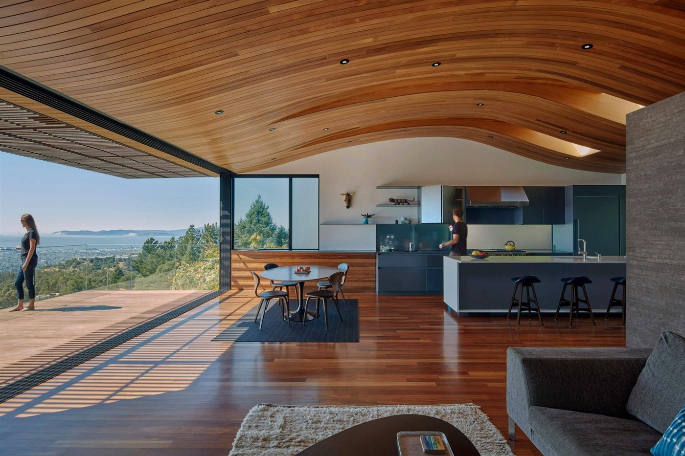 This project is a rebuild of an existing post 1991 fire-storm house. Situated high on top of the Eastbay mountain ...