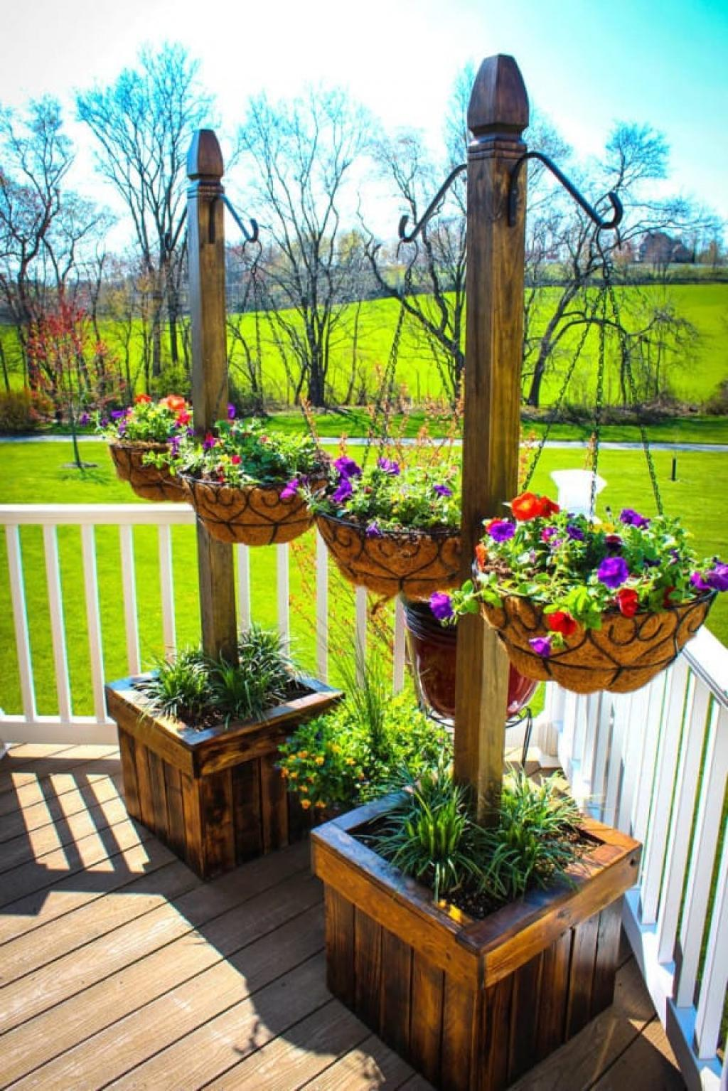 Wood planters design ideas