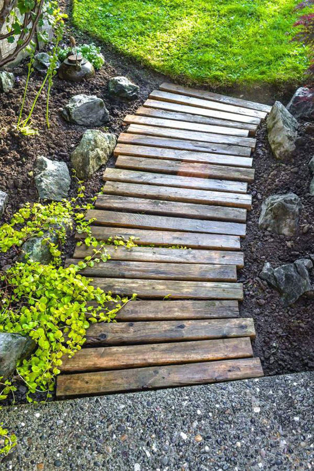 Wood paths design ideas