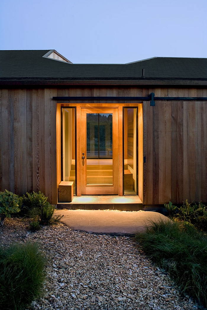 Cozy wood house entrance design ideas
