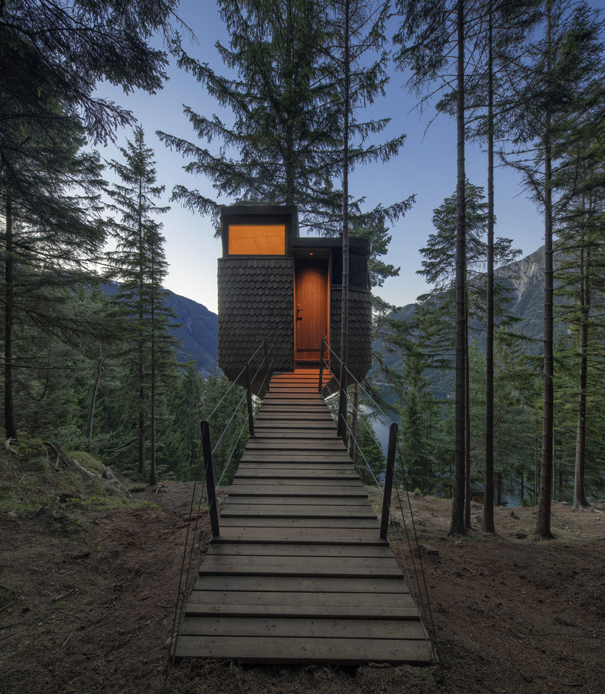 Wood treehouse design ideas